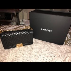 CHANEL quilted boy bag medium size